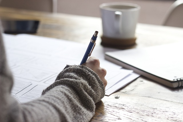 שירות כתיבת עבודות בתשלום – איך זה עובד?
